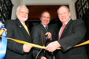Ribbon cutting during the Roebling Mansion dedication
